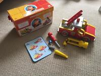 Djeco duo construction toy firetruck tow truck
