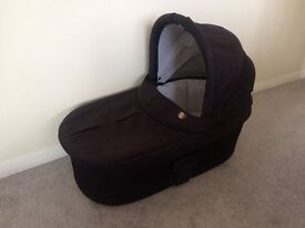 Sola Carrycot