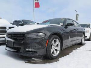 2016 Dodge Charger SXT! Sunroof! Heated Seats!