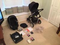 Stokke Crusi travel system - pushchair and car seat
