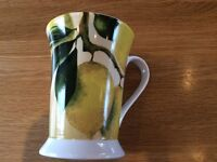 2 x Portmerion Pimpernel Orchard Lemon Design Footed Mugs Plus 1 x small Matching Tray