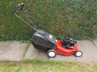 Soveriegn Self propelled petrol lawn mower