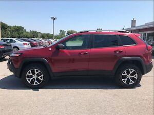 2016 Jeep Cherokee Trailhawk 4x4 Leather Moon
