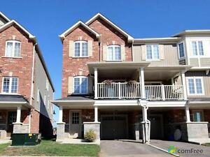$434,900 - Townhouse for sale in Waterdown