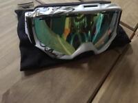 DLX snowboarding goggles