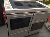 New World image 1000H range style electric cooker