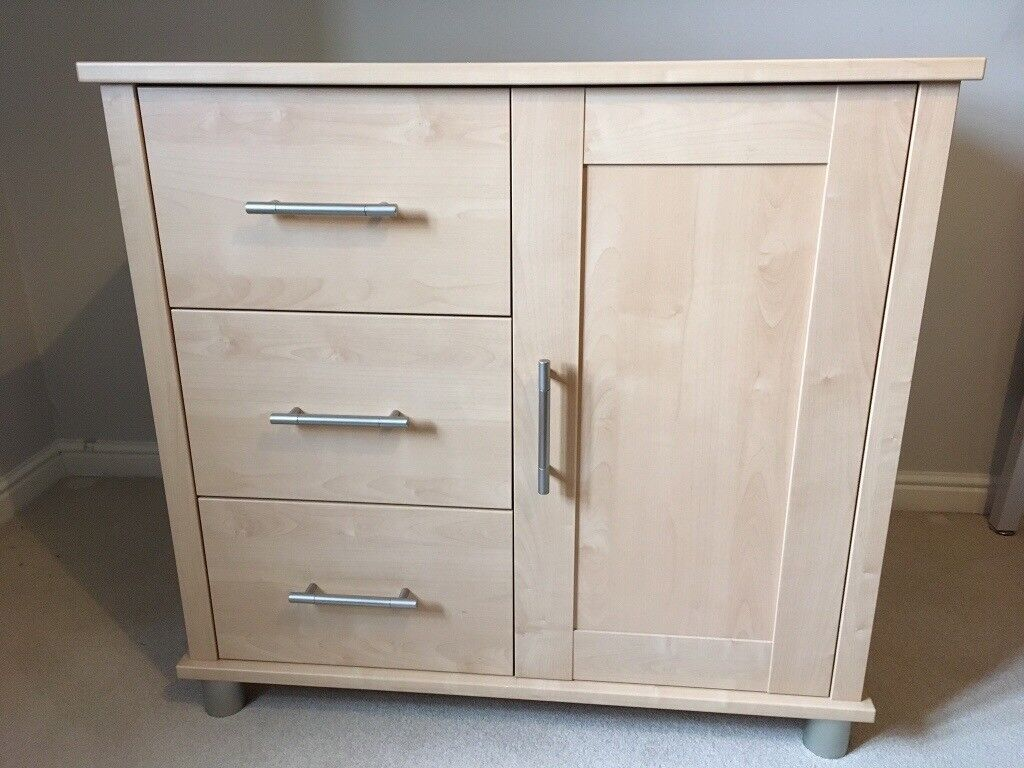 Mamas and Papas Chest of Drawers in excellent condition