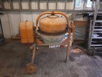 concrete cement mixer