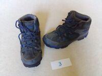 Boys walking boots 'Mountain Warehouse's size 3