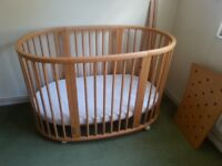 Stokke Sleepi Cot bed and Junior Bed
