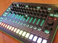 Roland AIRA TR-8 TR8 Drum Machine + 7X7 Expansion
