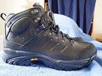 Hagloffs Goretex Size 8 boots **Brand new**