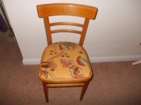 Retro chair seat just been recovered good condition