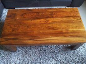 Solid mango wood chunky coffee table