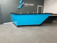 Reception Desk (shop, business)