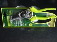 SPEAR AND JACKSON SECATEURS