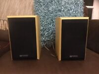 Aqustic soloutions bookshelf speakers