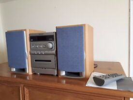 AWAI Micro Stereo CD with speakers