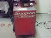 SNAP ON FAST CHARGER 12 volt and 6 volt GOOD WORKING ORDER £ 100 ono