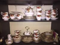 Royal Albert Bone China Tea Set 'Old Country Roses'
