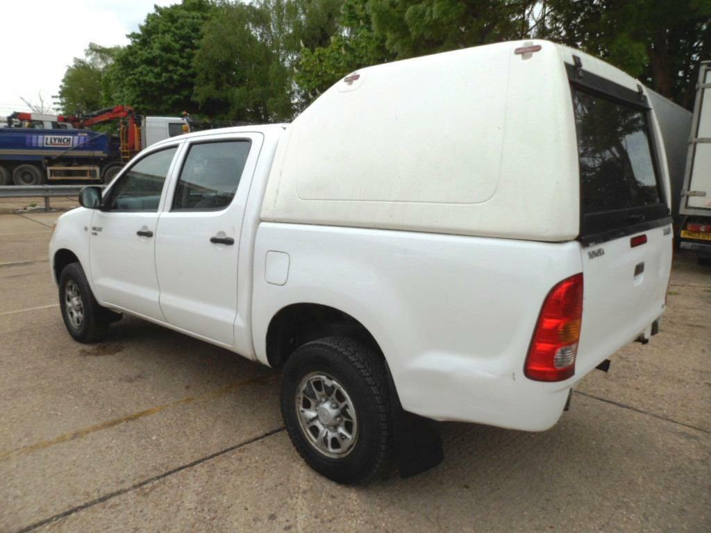 toyota hilux hardtop canopy truckman fits any hilux double cab 2005 2012 in stanmore. Black Bedroom Furniture Sets. Home Design Ideas