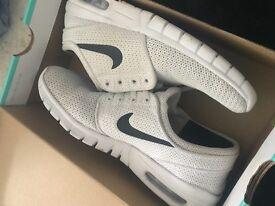 Nike Janoski's