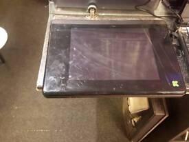 Advent K4000 - 120gb HDD - 1.25gb Ram - Laptop