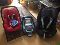 Maxi Cosi Pebble, Pearl and isofix base £180 (car seat from 0 to 3/4 yo)