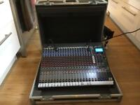 Peavey FX24 mixing desk + flightcase