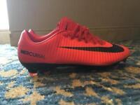 Nike football shoes uk size 7,5