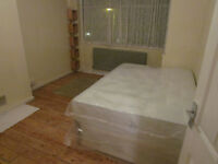 FANTASTIC DOUBLE AND SINGLE FOOR AVAILABLE FOR RENT ** NO DEPOSIT***