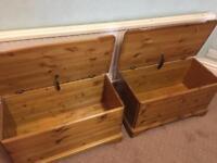 2 Solid pine ottoman/toy box/storage boxes