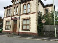 PONTYPRIDD ONE BED EXECUTIVE GROUND FLOOR FLAT.