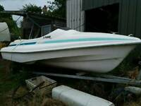 BOAT 16 foot Honda Engine and launch trailer