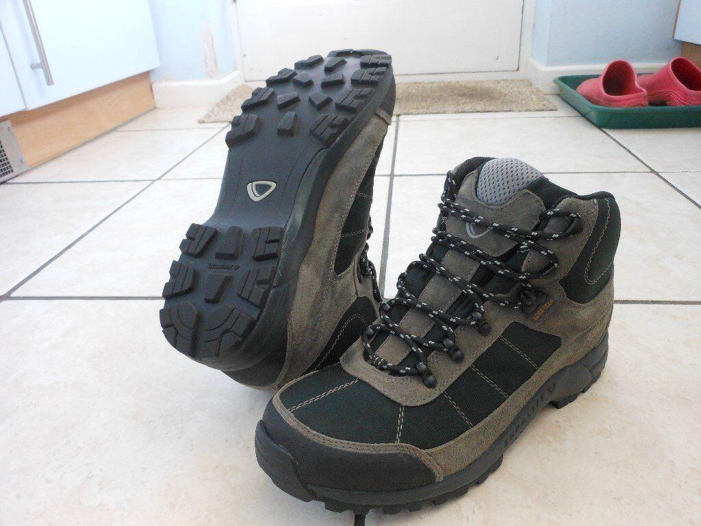 boots maldon