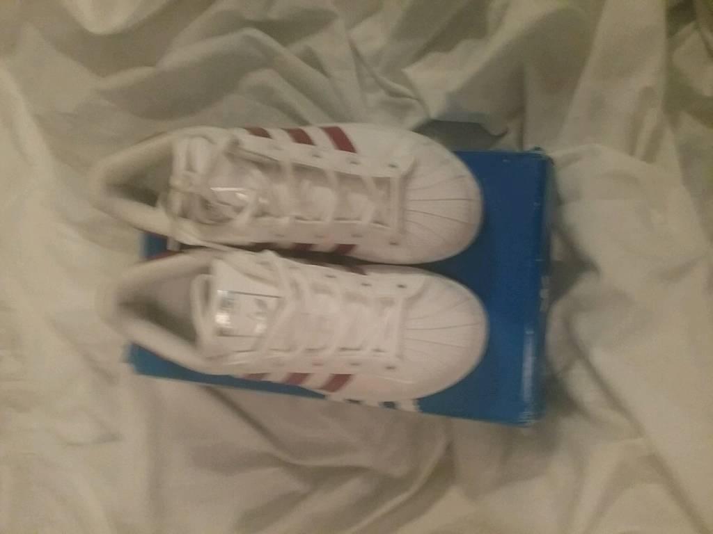 wholesale dealer d4a6d 59e7a Kids adidas trainers size 1