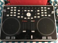 Vestax VCI300 MK2 digital DJ controller
