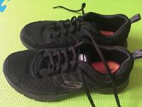 Skechers running shoes with memory form size UK 4