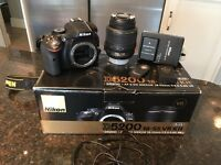 Nikon D5200 DSLR Camera 3200 Shutter Count + Lens, Batteries, Remote