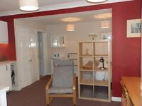 Monday-Friday self contained studio flat for 1