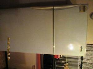 WESTINGHOUSE FRIDGE FREEZER 520  LITRES MUST BE GONE SATURDAY 27 Bethania Logan Area Preview