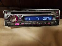 CAR HEAD UNIT SONY XPLOD CD MP3 PLAYER WITH AUX AND RCA 4 x 50 WATT STEREO AMPLIFIER RADIO
