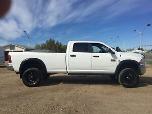 2012 Ram 2500 4WD Crew Cab DIESEL LONG BOX LIFTED