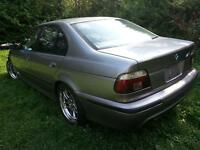 PARTING OUT - 2000 BMW 5-Series Sedan
