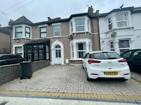 Lovely 2 Bed Flat To Let in Heart of Ilford
