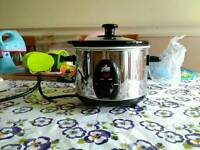 Compact Slow Cooker, New