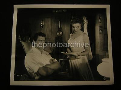 (1953 Rock Hudson Marcia Henderson Back To Gods Country VINTAGE Movie PHOTO 644A)