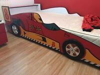 Children's/kids car bed