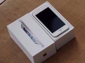 APPLE IPHONE 5 16GB WHITE + BOX **FACTORY UNLOCKED**