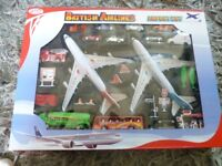 AIRPORT SET BRAND NEW SEALED LOTS OF FIGUERS